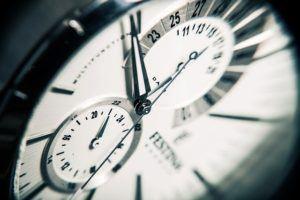 Wie Ihr PC-Monitor Ihnen 30 Minuten Zeit pro Tag sparen kann - Zeit sparen